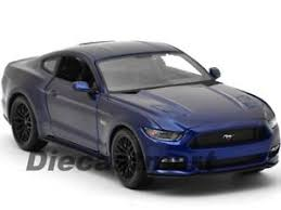 2015 ford mustang 5 0 2015 ford mustang gt 5 0 blue 1 18 diecast car model by maisto