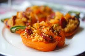 cuisiner poivron poivrons farcis au taboulé chaud ananas et chorizo court