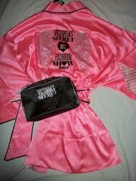 victoria 39 s secret fashion show 2016 bling robe cosmetic bag brush set victoria 39 s
