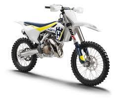 motocross bike reviews traction control arrives in husqvarna u0027s 2017 motocross bikes