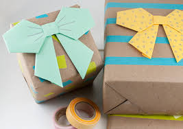 bow wrapping paper unique diy gift wrap ideas