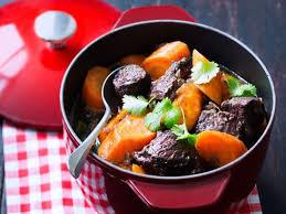 comment cuisiner la joue de boeuf joue de bœuf carottes au gingembre et à la coriandre recettes
