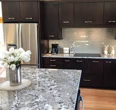 what color countertop looks best with cherry cabinets best granite countertops for cherry cabinets page lumber