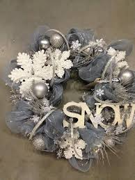 55 awesome wreaths to adorn your front door diy
