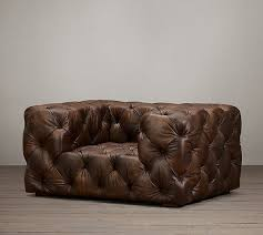 country antique vintage style living room tufted leather sofa