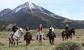 Montana how far can a horse travel in a day images Bozeman horseback riding horse trail rides alltrips jpg