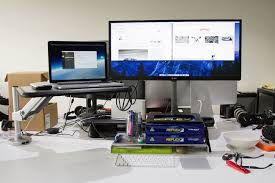 Desk Review Review Loctek S1l Is An Upstanding Desk Mate
