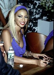 beyoncé u0027s 7 signature hairstyles braids blonde and beyond vogue