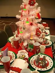 nice christmas table decorations christmas party table decorations party table decorations hostess 1
