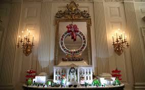 White House Dining Room The White House Holiday Decorations For The Obama Family U0027s Last