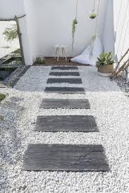 plaque ardoise jardin des allées inspirées pour votre jardin leroy merlin