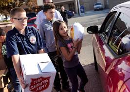 salvation army thanksgiving volunteer 600 families in solano county get thanksgiving turkeys meals