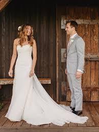 gorgeous wedding dresses 15 simple but gorgeous wedding dresses
