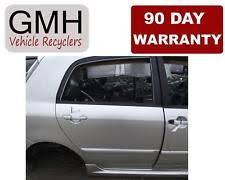 toyota genuine oem right windscreen wiper blades ebay