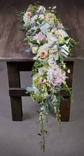 Flower Table 266 Best Floral Table Runners Images On Pinterest Marriage