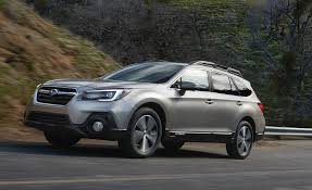 subaru outback 2016 white 2018 subaru outback pictures photo gallery car and driver