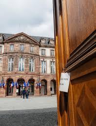 bureau de vote bureau de vote pool station in during presidential electi