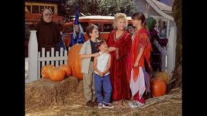 Halloweentown High Cast Now by Halloweentown U0027s Cromwell Clan Will Reunite In Real Life