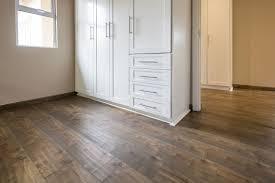 Laminated Wooden Flooring Centurion House Moss Inovar Floor