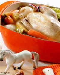 cuisiner poule poule au pot béarnaise pour 6 personnes recettes à table