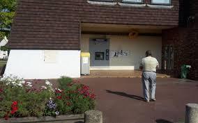 bureau de poste pontault combault le vrai faux départ de la poste crée l émoi à noiseau le parisien