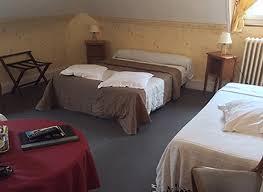 chambre beauvais chambre familiale 7p hotel du cygne hôtel à beauvais proche