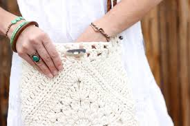 boho crochet boho bag free crochet pattern make do crew