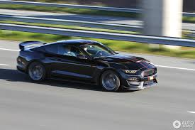 Shelby Mustang Black Ford Mustang Shelby Gt350r 2015 29 April 2017 Autogespot
