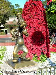 fun facts about disney world christmas decorations disney u0027s
