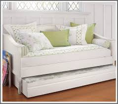 daybed with pop up trundle bed daybed with pop up trundle white