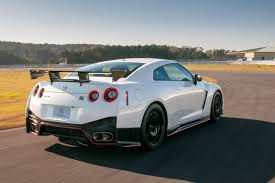 Nissan Gtr New - euro spec nissan gt r nismo to debut in geneva 49 new photos