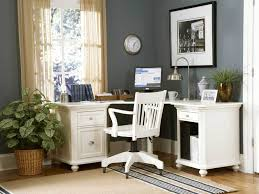 White Wood Computer Desk Office Interior Home Office Decoration Ideas Minimalist Home