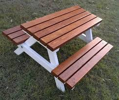 Build Wood Outdoor Furniture by Best 25 Picnic Tables Ideas On Pinterest Diy Picnic Table