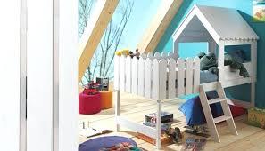 cabane de chambre cabane chambre fille lit cabane bois massif cabane dans chambre