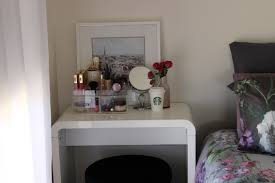 vanity ideas for small bedrooms small bedroom makeup vanity home
