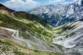 driving italy the best driving roads in italy to drive foreign cars
