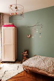 chambre bebe design scandinave nayla voillemot et romain ysée 5 ans romy 3 ans mathieu