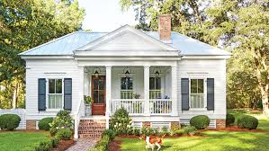 cabin style houses our favorite 800 square cottage that you can