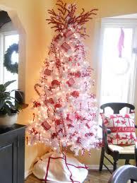 hard to climb that tree funholidayscom fun hard merry christmas