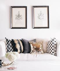 how to choose a couch how to choose throw pillows for your couch
