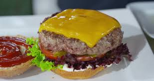 cuisiner un hamburger hamburger cuisiner 4k stock 835 815 139 framepool