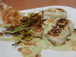 Toca Kitchen Recipes Merluza Con Crema De Puerro Al Curry Y Almendras Normalmente El