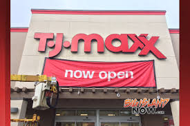 t j maxx opens in prince kūhiō plaza big island now