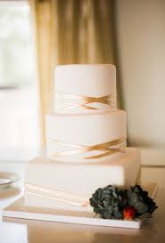 wedding cake simple 15 simple but wedding cakes for 2018 emmalovesweddings
