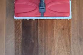 can swiffer sweeper mopping cloths be used on wood floors