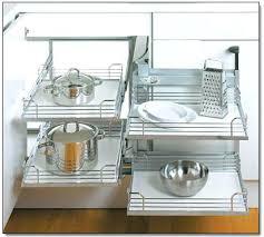 rangement angle cuisine amenagement interieur placard d angle cuisine amenagement placard d