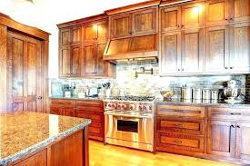 how to clean grease off kitchen cabinets how do i clean grease off kitchen cabinets cleaning kitchen cabinets
