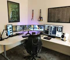 30 Coolest And Inspiring Multi Monitor Gaming Setups by 57 Best Gaming Idea Images On Pinterest Computer Setup Pc Setup
