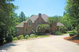 homes for sale with a one acre lot in greer