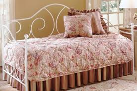 girls iron bed daybeds white girls bedroom set featured full size daybed with